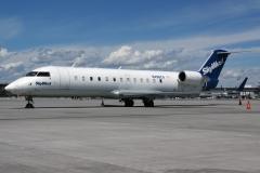 n498ca-skywest-airlines-bombardier-crj-200