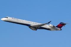 n679ca-skywest-airlines-bombardier-crj-900lr