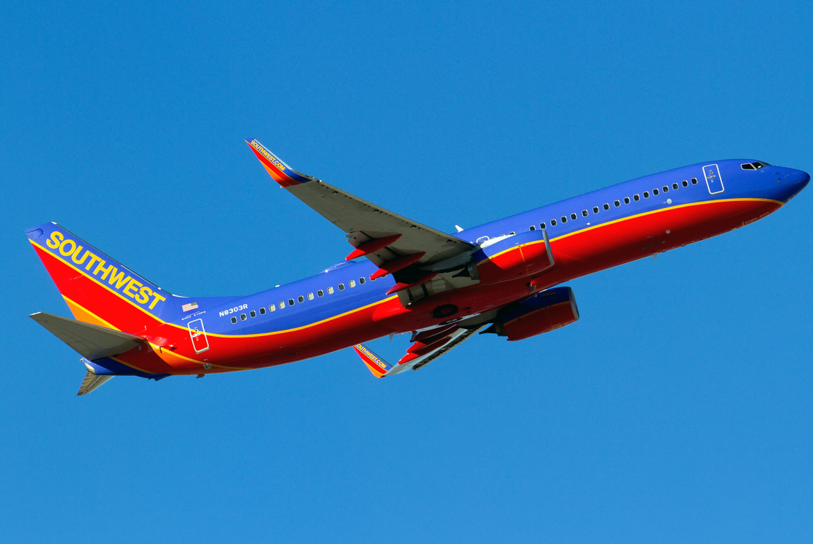 Book our famous low fares only on the official Southwest Airlines website. View flight status, special offers, book rental cars and hotels and more on download-free-carlos.tk