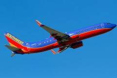 n8303r Southwest Airlines Boeing 737-800wl
