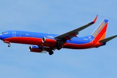 n8329b Southwest Airlines Boeing 737-800