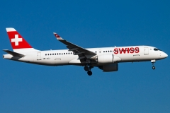 hb-jcj-swiss-airbus-a220-300