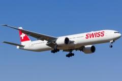 hb-jnf-swiss-boeing-777-3deer