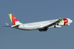 cs-tod-tap-air-portugal-airbus-a340-3