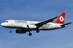 tc-jpn-turkish-airlines-airbus-a320-23