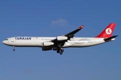 tc-jdj-turkish-airlines-airbus-a340-300