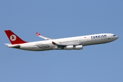 tc-jdk-turkish-airlines-airbus-a340-311