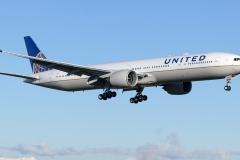 Boeing_777-300ER_United_Airlines_