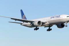 United_Airlines_Boeing_777-300ER
