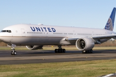 United_Airlines_Boeing_777-300ER_