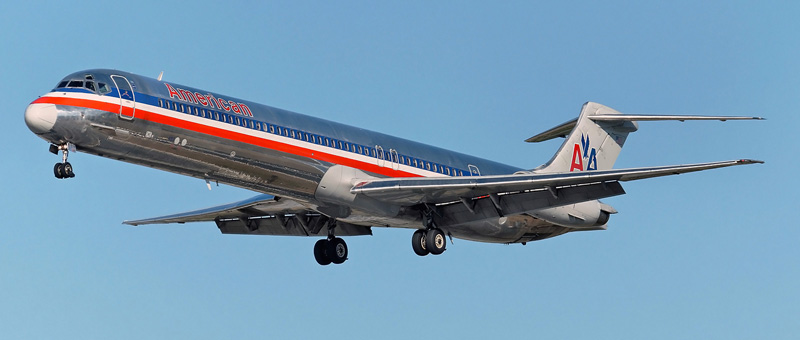 McDonnell Douglas MD-82  American Airlines. Photos and description of the plane
