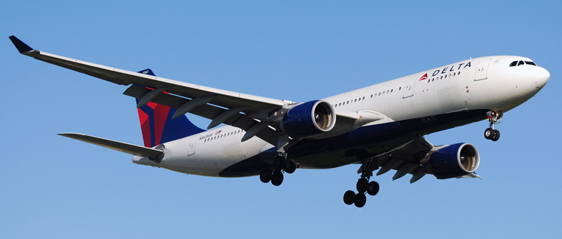 Airbus A330-200 Delta Airlines. Photos and description of the plane