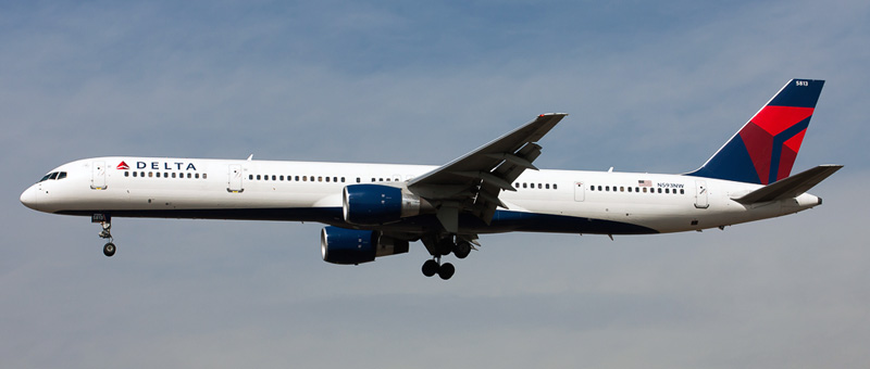 Boeing 757-300 Delta Airlines. Photos and description of the plane