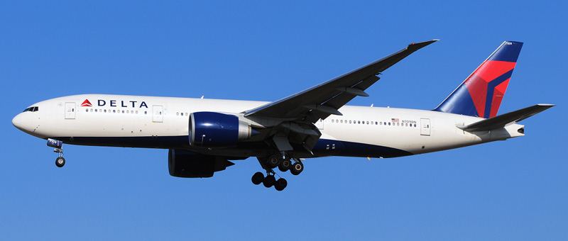 Boeing 777-200 Delta Airlines. Photos and description of the plane