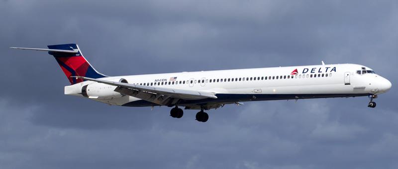 McDonnell Douglas MD-90 Delta Airlines. Photos and description of the plane