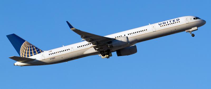n75851-united-airlines-boeing-757-324wl