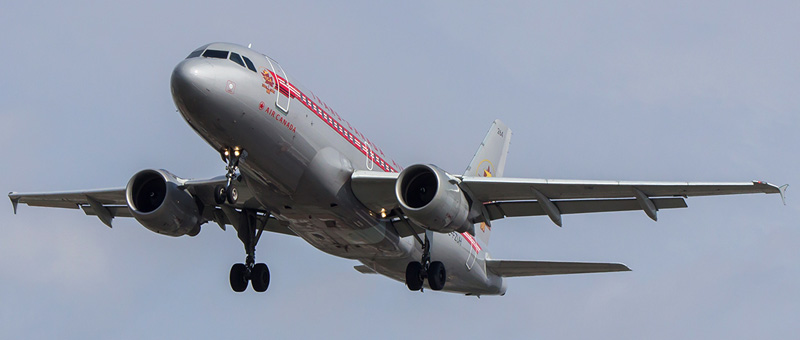 Airbus A319-100 Air Canada. Photos and description of the plane