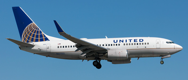 Boeing 737-700 United Airlines. Photos and description of the plane