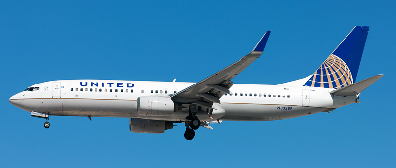 Boeing 737-800 United Airlines. Photos and description of the plane