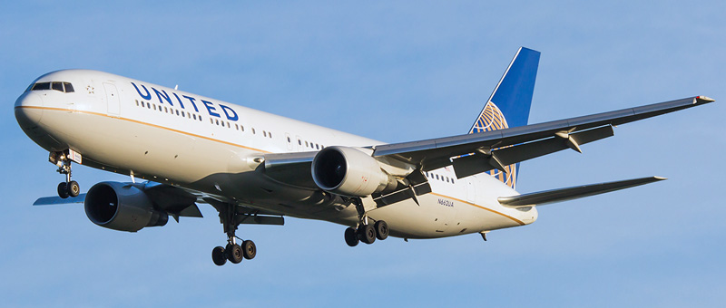 Boeing 767-300 United Airlines. Photos and description of the plane