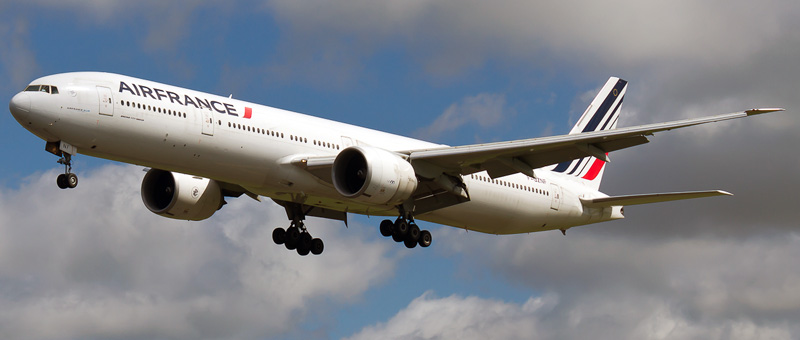 Boeing 777-300 Air France. Photos and description of the plane
