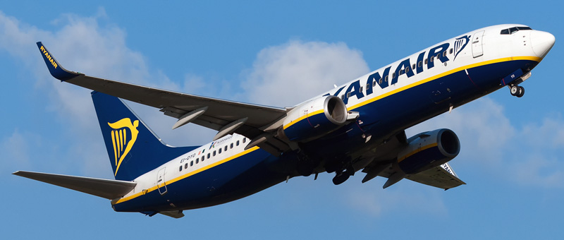 Boeing 737-800 Ryanair. Photos and description of the plane