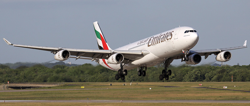 Airbus A340-300 Emirates. Photos and description of the plane