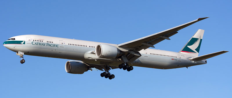 Boeing 777-300 Cathay Pacific. Photos and description of the plane