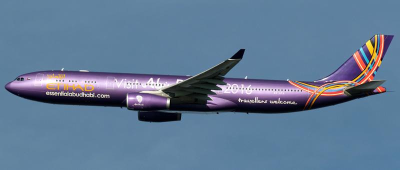 Airbus A330-300 Etihad Airways. Photos and description of the plane