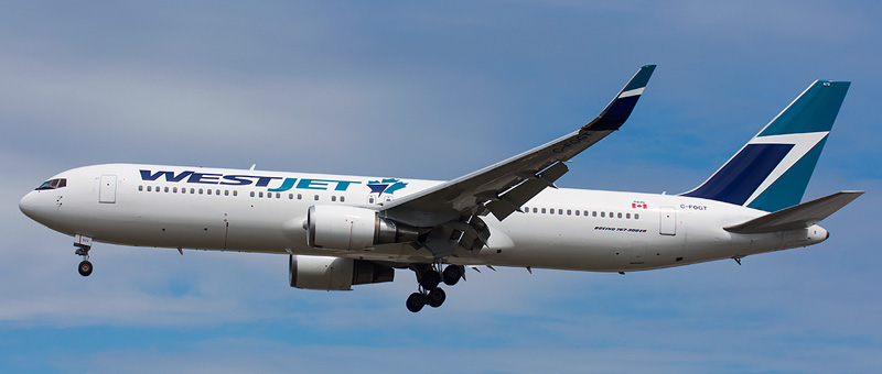 Boeing 767-300 WestJet. Photos and description of the plane