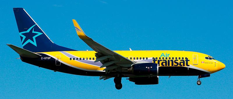 Boeing 737-700 Air Transat. Photos and description of the plane
