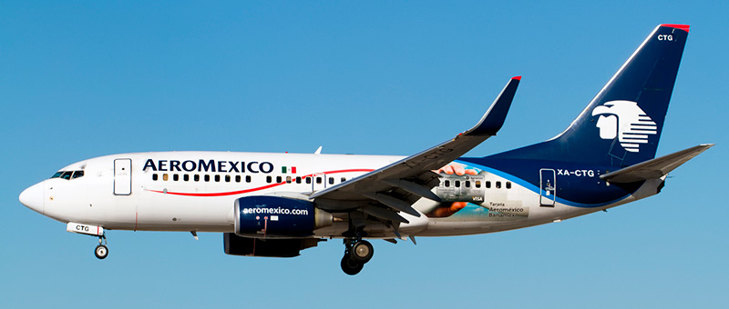 "Seat map Boeing 737-700 ""Aeromexico"". Best seats in the plane"