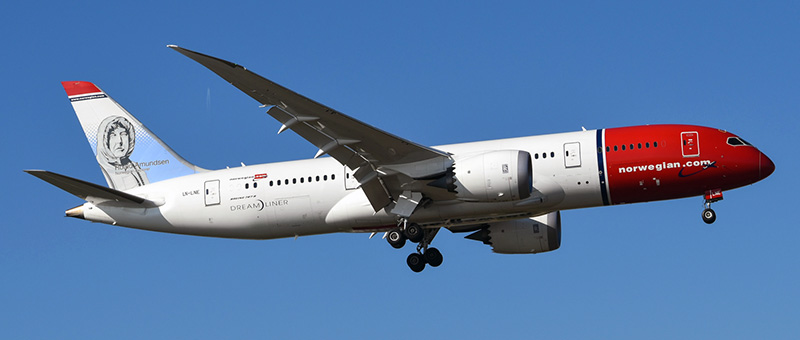 Boeing 787-8 Norwegian Air Shuttle. Photos and description of the plane
