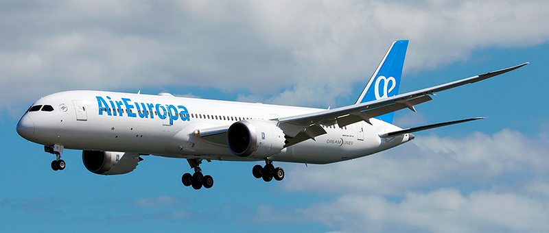 Boeing 787-9 Dreamliner Air Europa. Photos and description of the plane