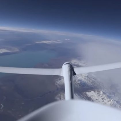 Stratospheric glider from Airbus set a flight altitude record