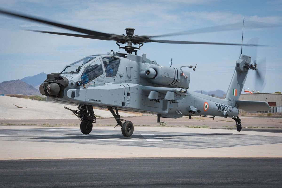 Boeing is testing new Apache: what kind of helicopter will it be?