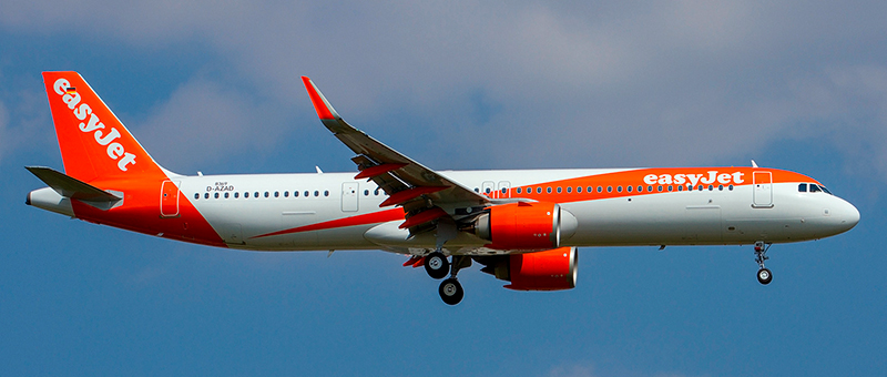 Airbus A321 EasyJet. Photos and description of the plane