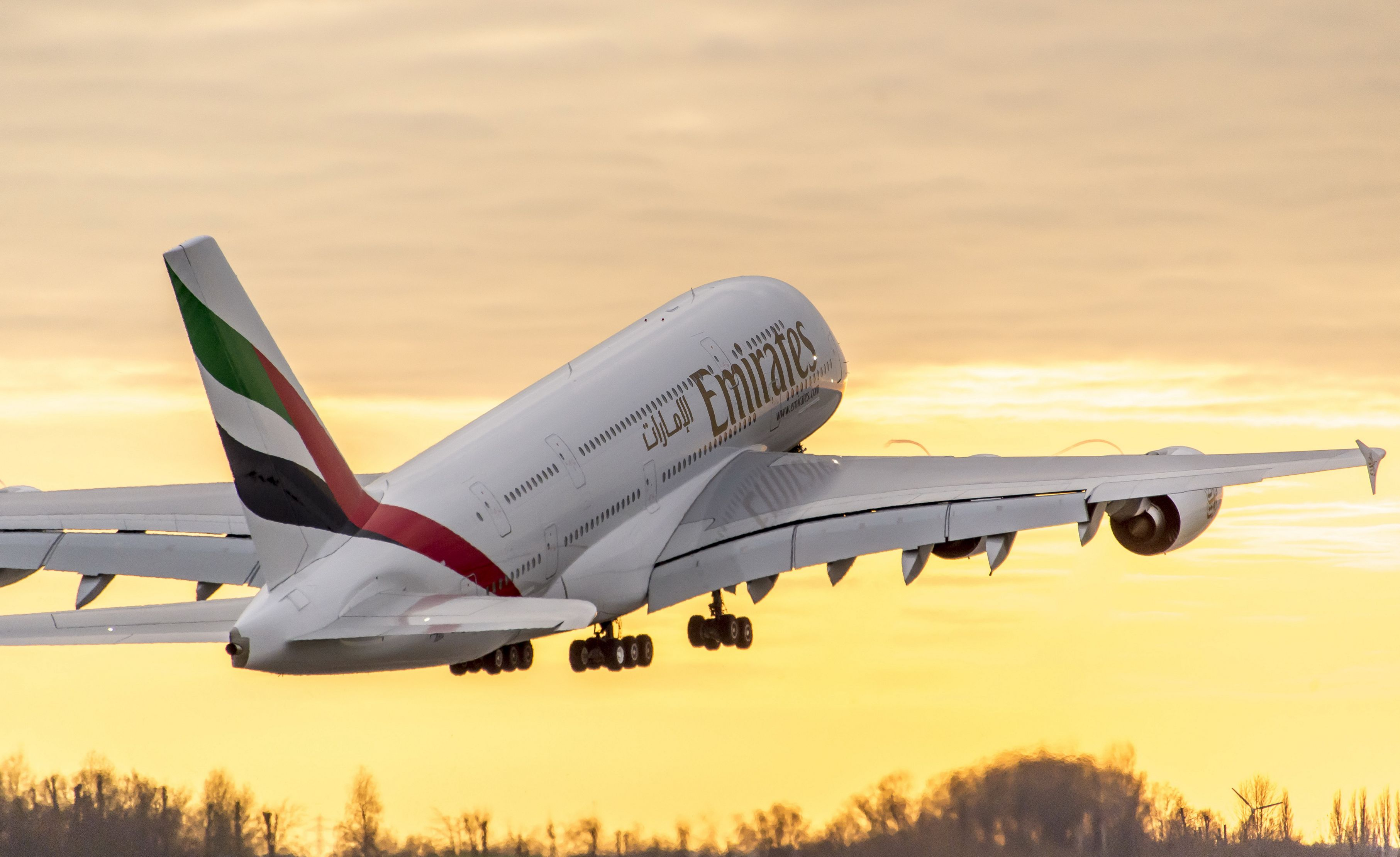 Airbus will discontinue production of four-engine A380