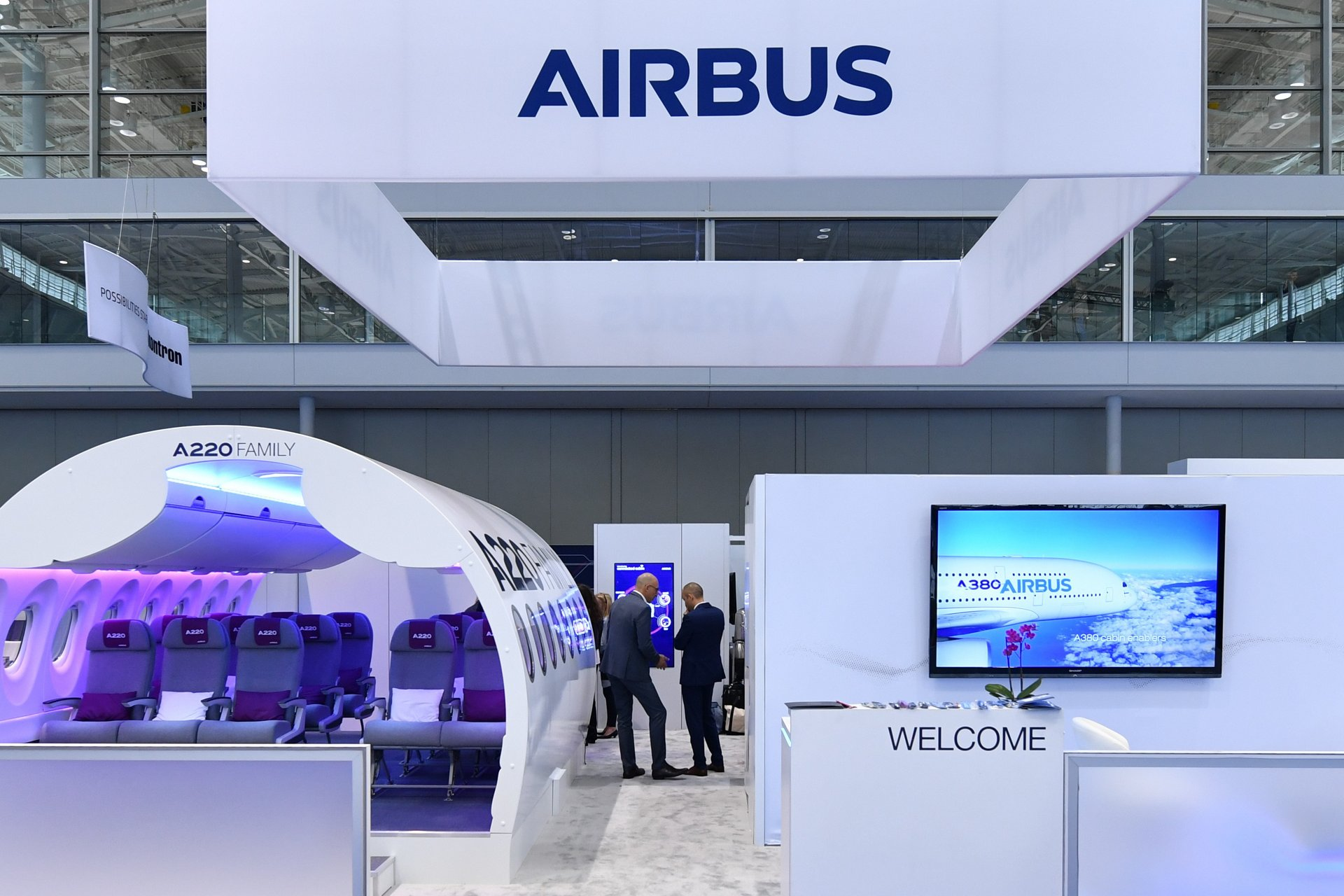Airbus presented first in the world smart passenger cabin