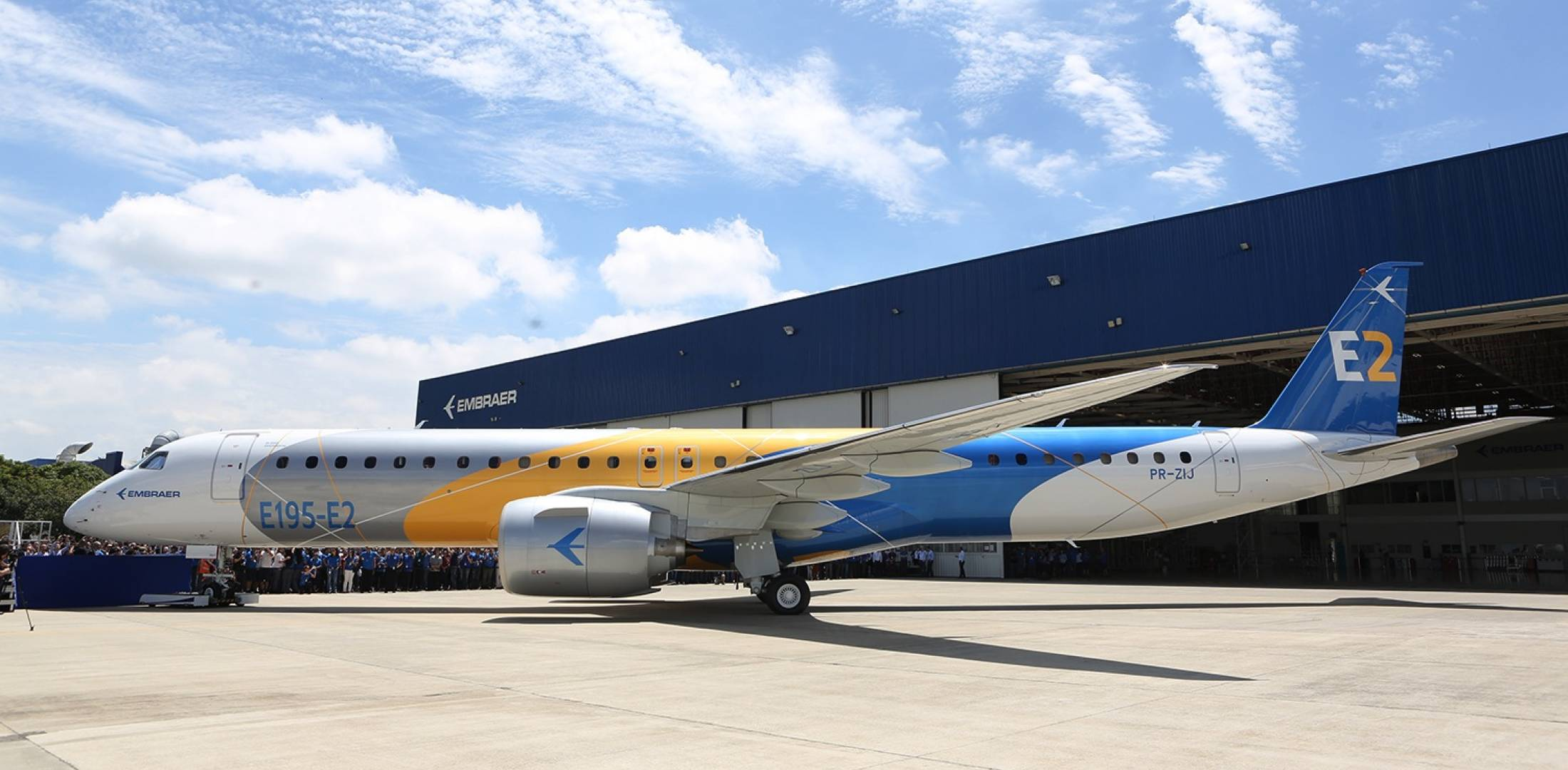 The biggest commercial airplane Embraer has got certificate. Part 1