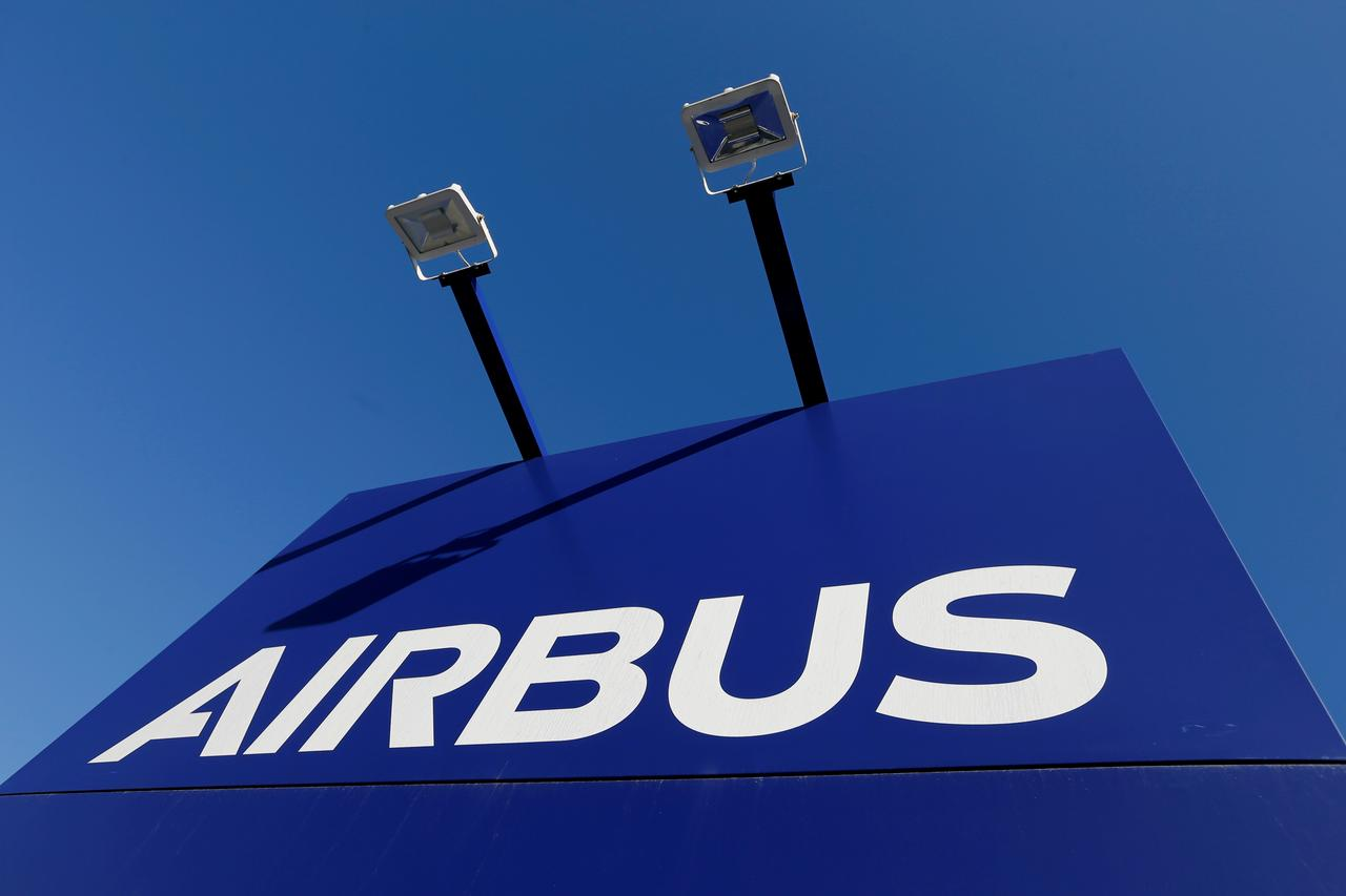 Racing Boeing. Airbus will present new long-haul airplane on Le Bourget Air Show . Part 1