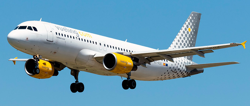 Airbus A320-200 Vueling. Photos and description of the plane