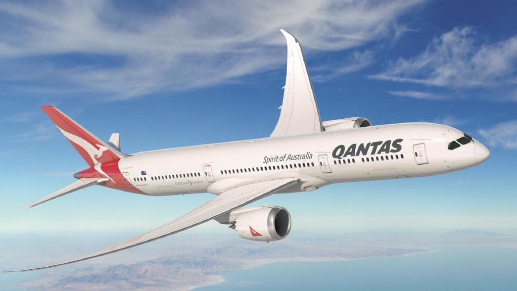 Airplane of Australian Airline Company Qantas Airways beat of continuous flight. Part 1