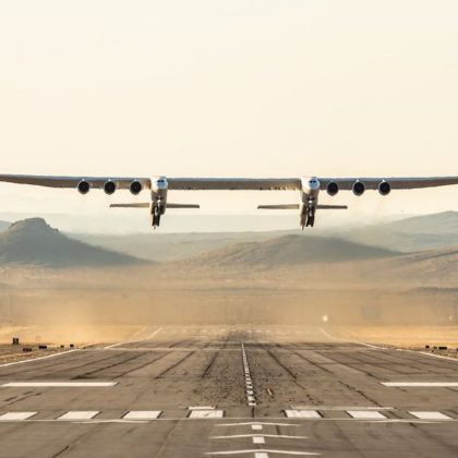 Giant launching aircraft Stratolaunch got second life