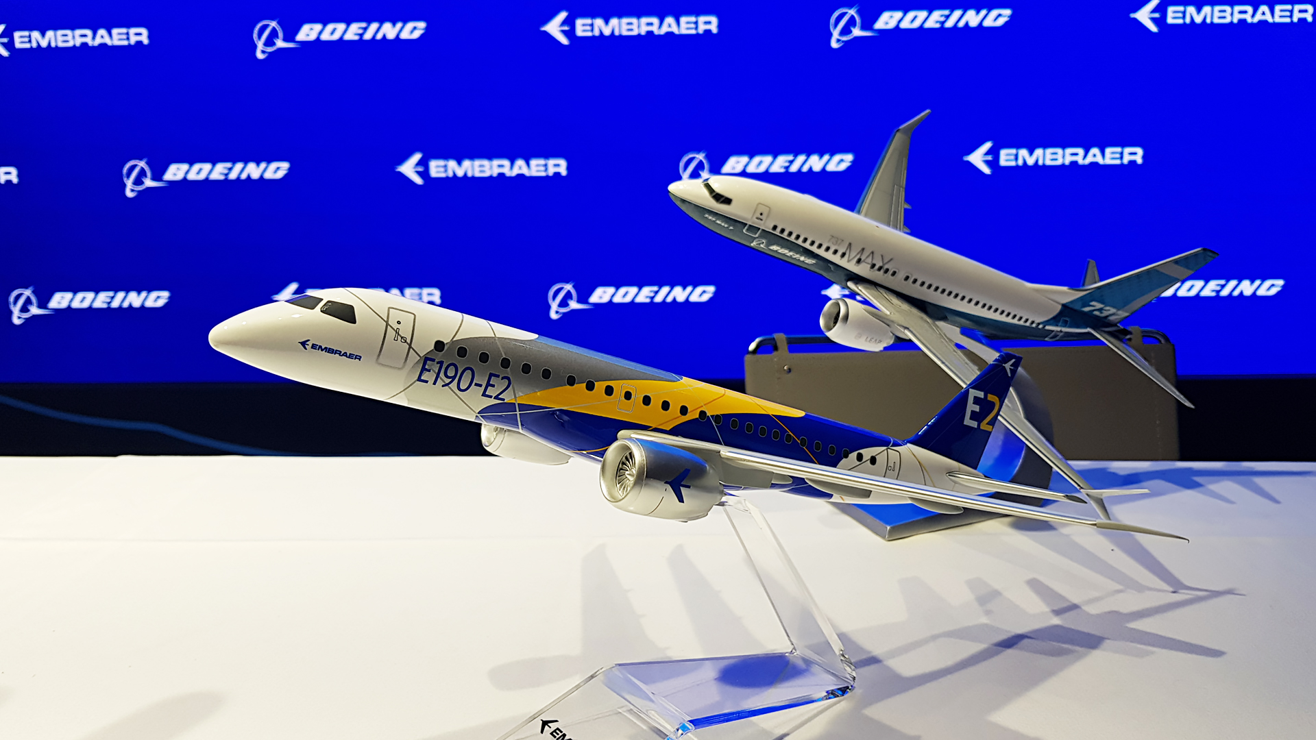 European Commission suspended investigation on estimating transaction Boeing-Embraer