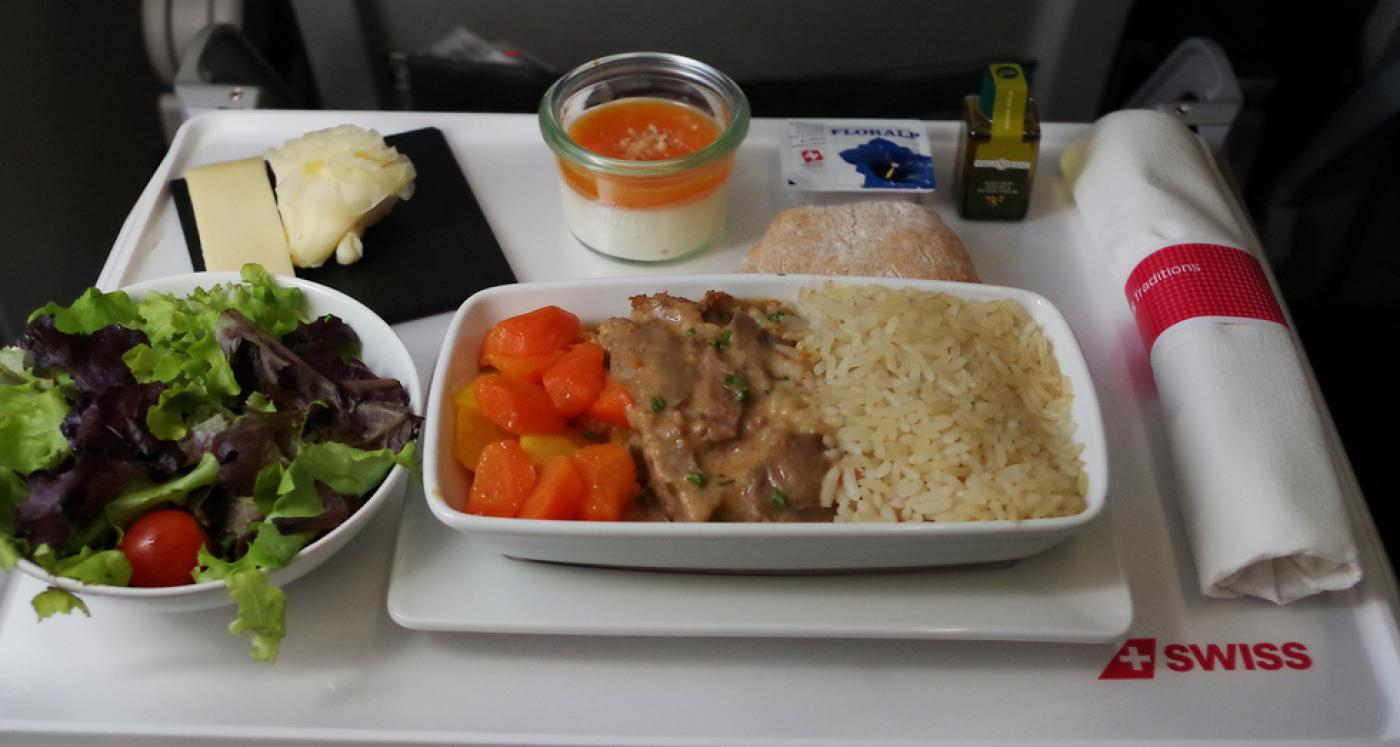 Experts made rating of airline companies that have the most diversifies menu on the board