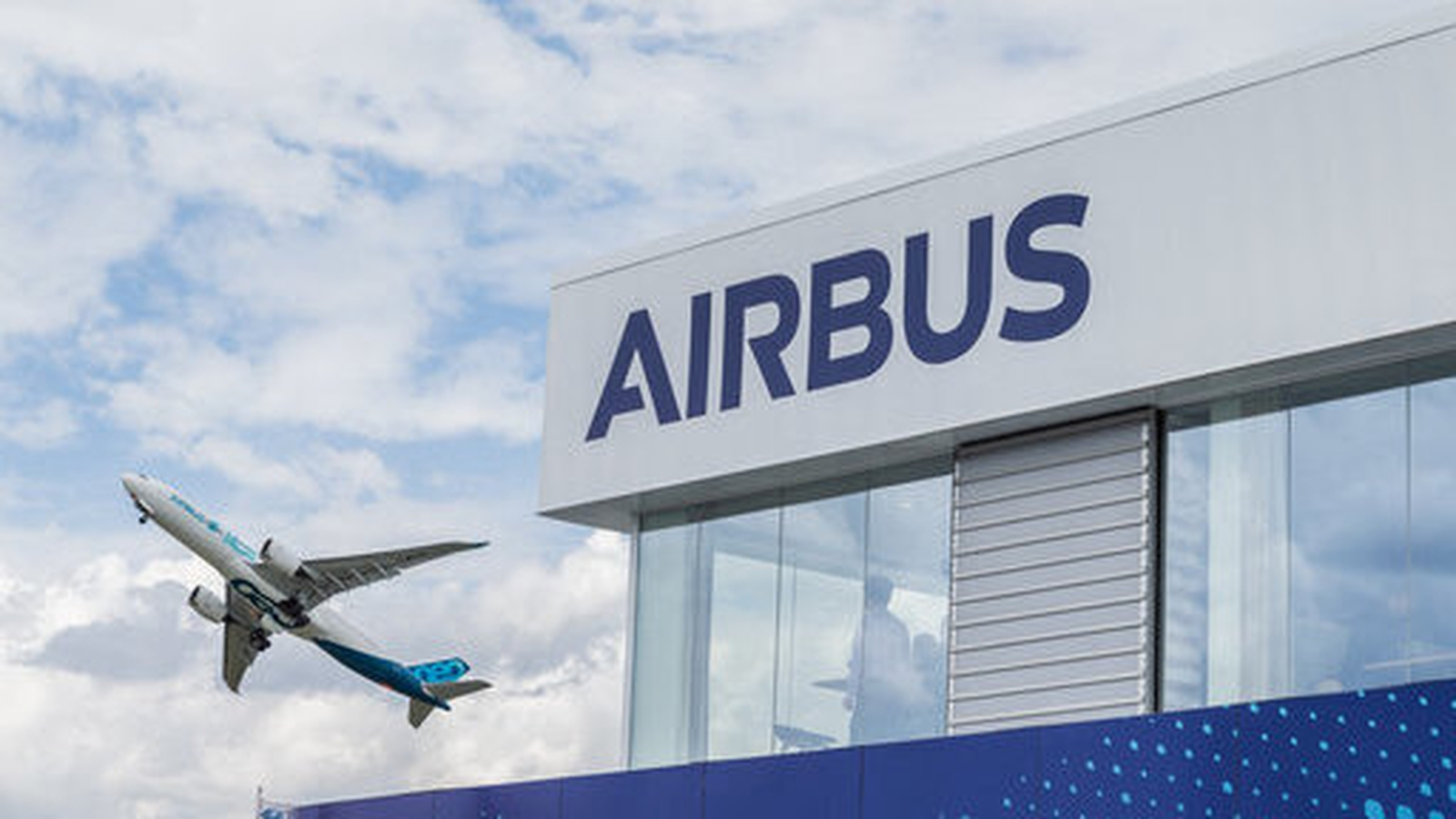 Airbus employees in Spain plan a strike