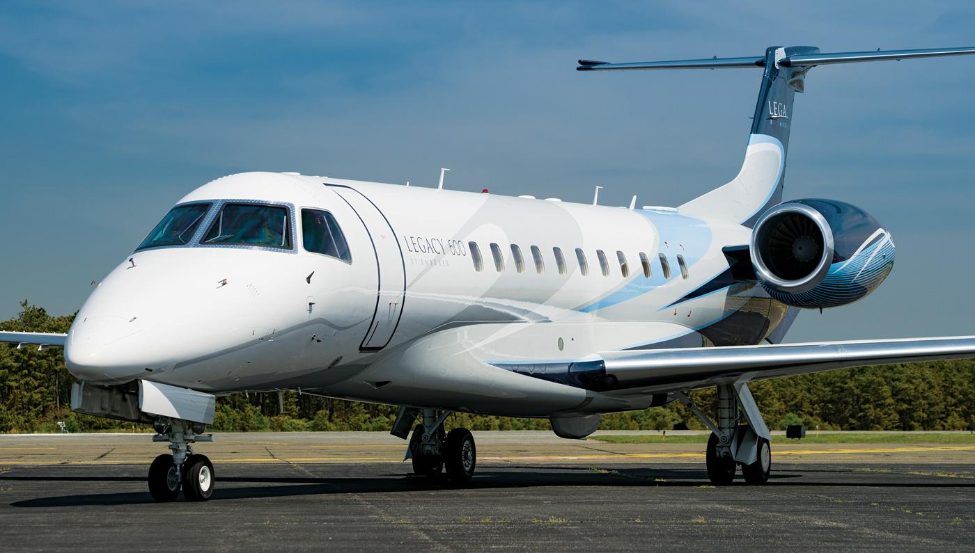 Embraer delivered 198 passenger airplanes in 2019
