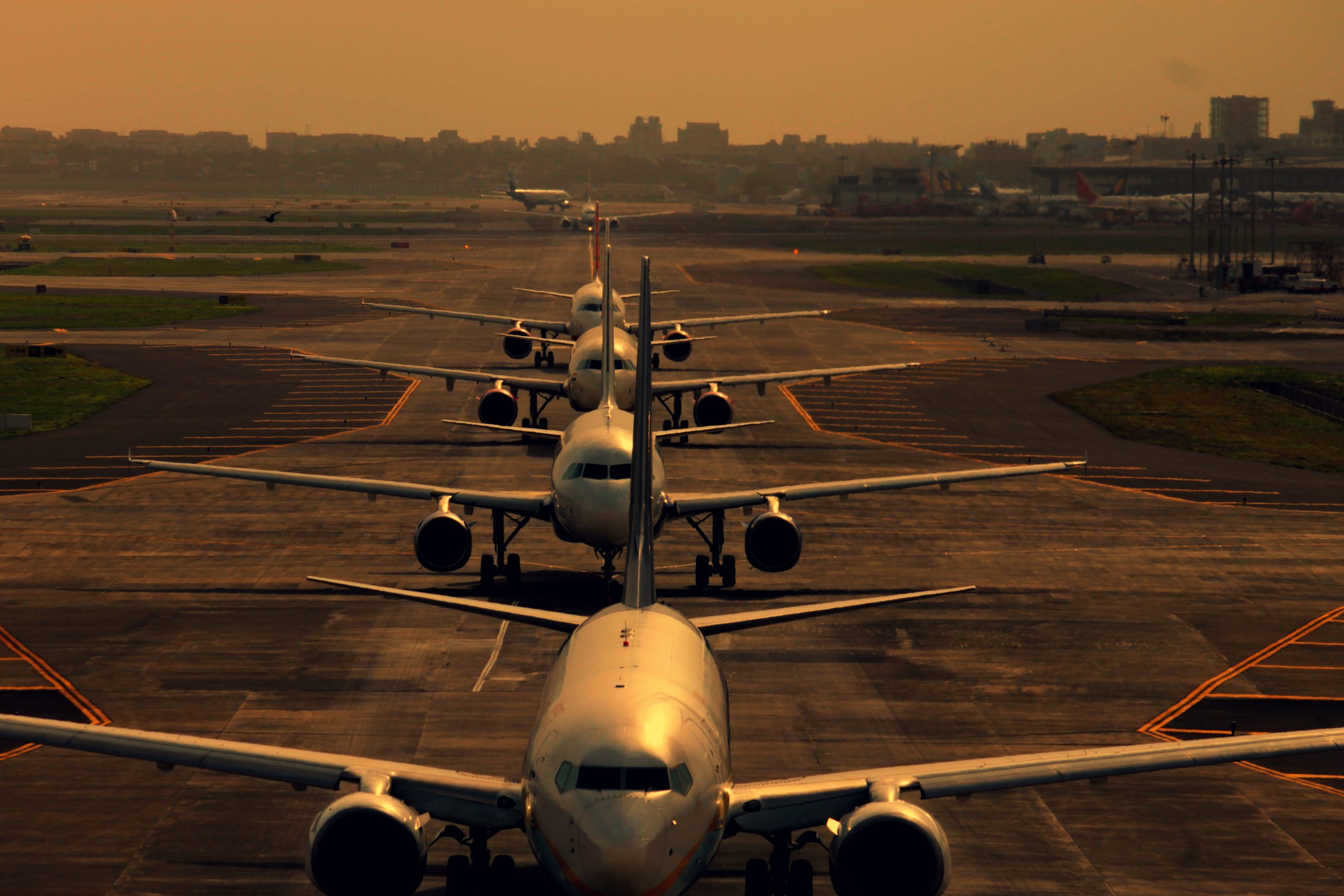 Queue to take-off: which airline companies will recover first after pandemic. Part 1