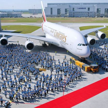 "World aviation gets rid of ""superjumbos"". Part 1"
